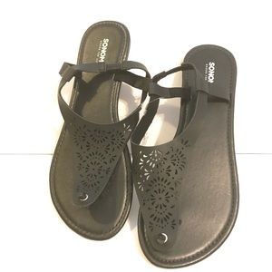 Sonoma Black Casual Summer Sandals Brand New